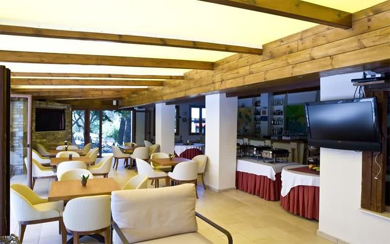 Kelyfos restaurant halkidiki - Αρχική